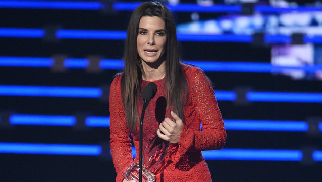 Sandra Bullock wurde ebenfalls bei den People's Choice Awards ausgezeichnet. (Bild: Chris Pizzello/Invision/AP)