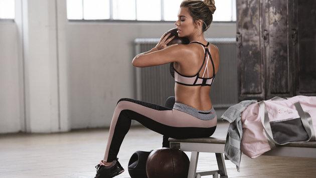 Sylvie Meis posiert in Teilen aus ihrer Sportbekleidungs-Kollektion für Hunkemöller. (Bild: Viennareport)