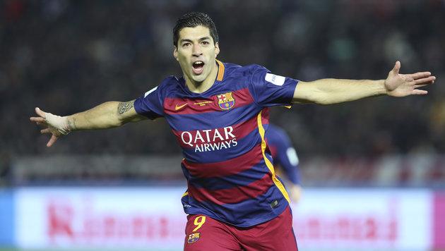 """Skandal um Suarez: """"Kommt her, ihr seid Abfall"""" (Bild: AP)"""