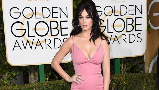 Katy Perry bezauberte mit ihrer Robe auf dem roten Teppich der Golden Globes. (Bild: APA/AFP/VALERIE MACON)