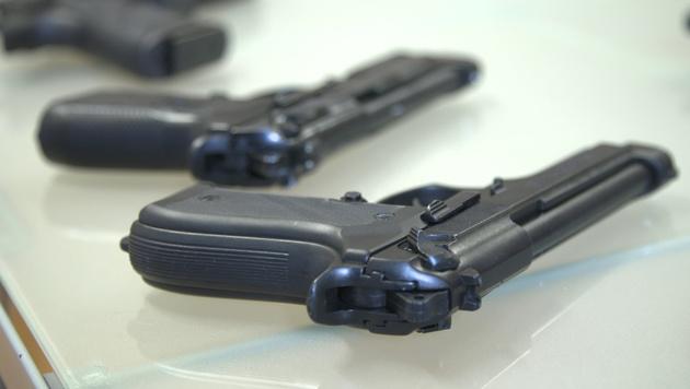 Waffenverkauf boomt: Viermal mehr Besitzkarten (Bild: krone.tv)