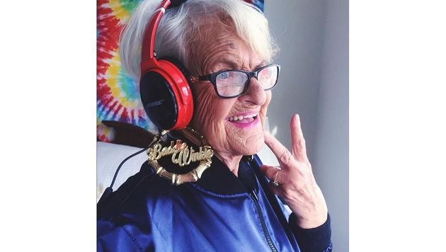 """Die 7 skurrilsten Instagram-Accounts (Bild: instagram.com/baddiewinkle)"""