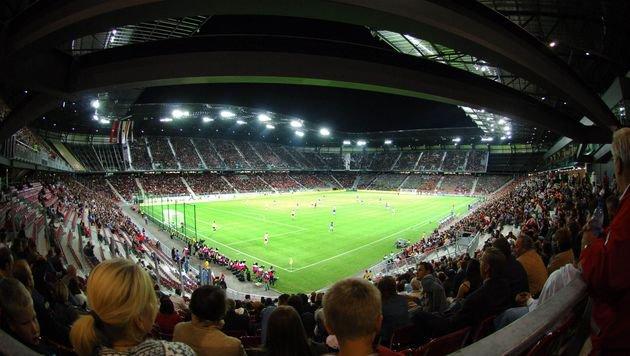 Klagenfurter EM-Stadion wieder voll bespielbar (Bild: APA/Barbara Gindl)