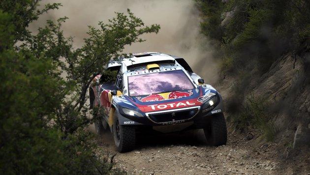Peterhansel und Price vor Dakar-Gesamtsiegen (Bild: AP)