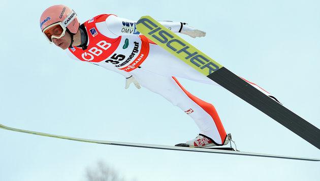 Stefan Kraft bei WM voll auf Medaillenkurs (Bild: AP)