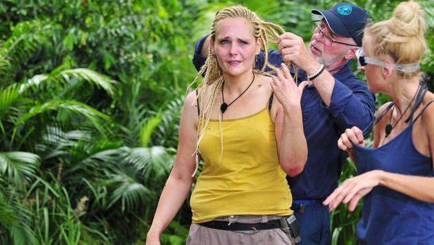 Auch nach der Prüfung weint sie noch bittere Tränen. (Bild: RTL)