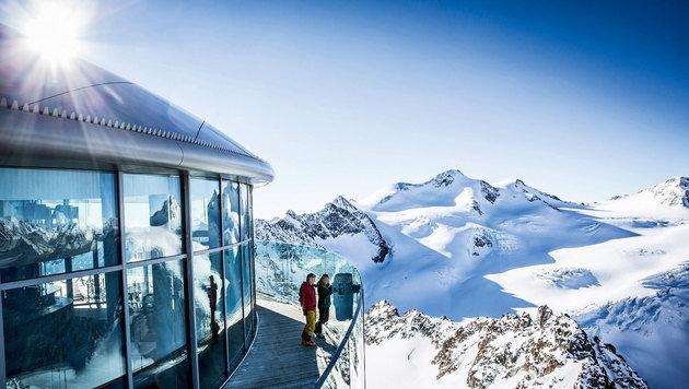 Österreichs höchstes Kaffeehaus mit atemberaubendem Panorama (Bild: Pitztaler Gletscherbahn)