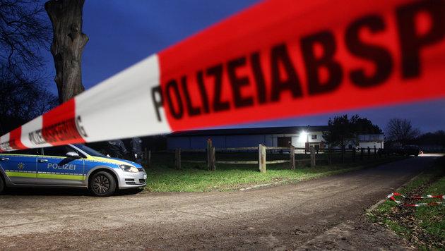 Auf diesem Reiterhof bei Leipzig kam es zur Bluttat. (Bild: APA/Sebastian Willnow)