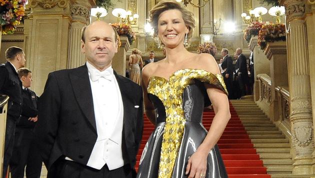 Desiree Treichl-Stürgkh mit Staatsoperndirektor Dominique Meyer (Bild: APA/HELMUT FOHRINGER)