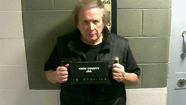 Don McLean nach seiner Verhaftung wegen häuslicher Gewalt (Bild: AP)
