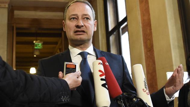 SPÖ-Klubobmann Schieder (Bild: APA/HELMUT FOHRINGER)