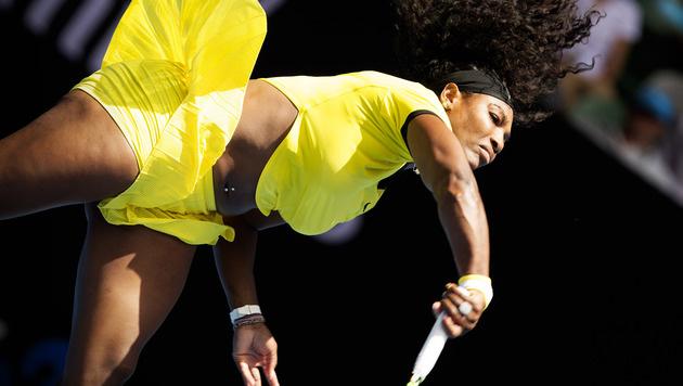 Serena Williams zeigt bei den Australian Open, was sie hat: ein Nabelpiercing. (Bild: GEPA)