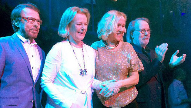 ABBA traten wieder gemeinsam als Quartett auf (Bild: © ABBA/Facebook)