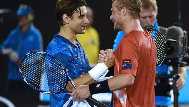 David Ferrer beendet Lleyton Hewitts Karriere (Bild: APA/AFP/PAUL CROCK)