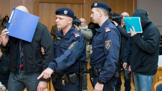 Drogen- und Handydeals im Gefängnis: Schuldsprüche (Bild: APA/FOTOKERSCHI.AT/WERNER KERSCHBAUMMAYR)