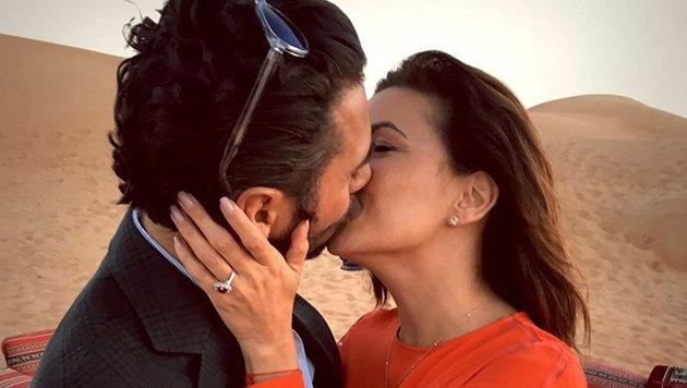 Eva Longoria küsst ihren Verlobten Jose Antonio Baston. (Bild: Viennareport)