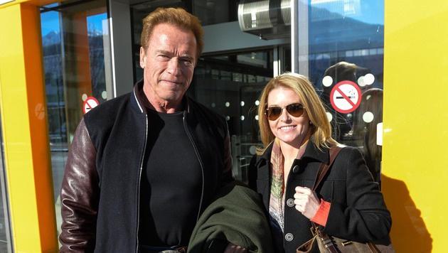 Arnold Schwarzenegger mit seiner Heather in Tirol. (Bild: zeitungsfoto.at/Liebl Daniel)