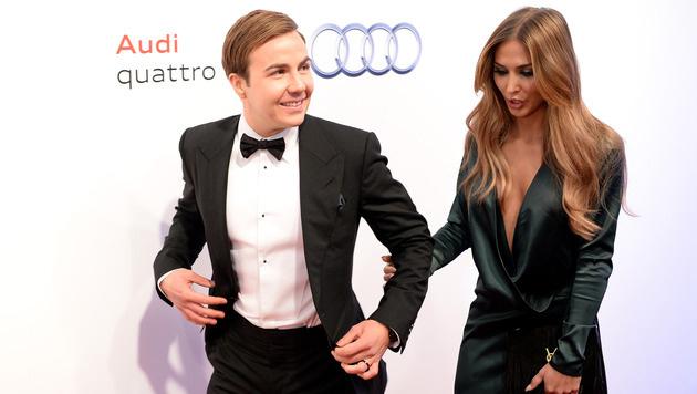 Fußballer Mario Götze und Ann-Kathrin Brömmel bei der Audi Night (Bild: APA/ROLAND SCHLAGER)