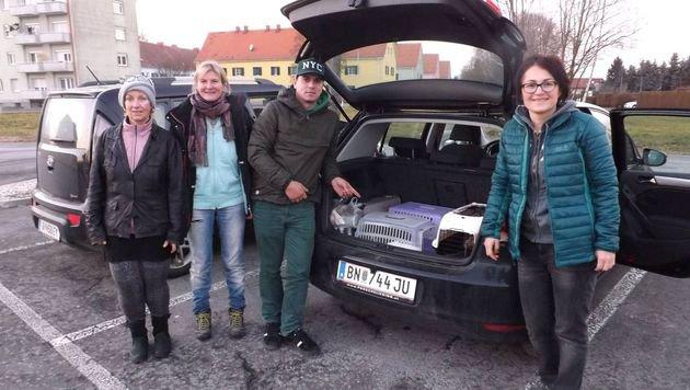 Die freiwilligen Helfer bei ihrer Spendenfahrt nach Rab. (Bild: zVg)