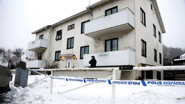 In diesem Haus wurde die Sozialarbeiterin erstochen. (Bild: APA/AFP/TT News Agency/Adam Ihse)