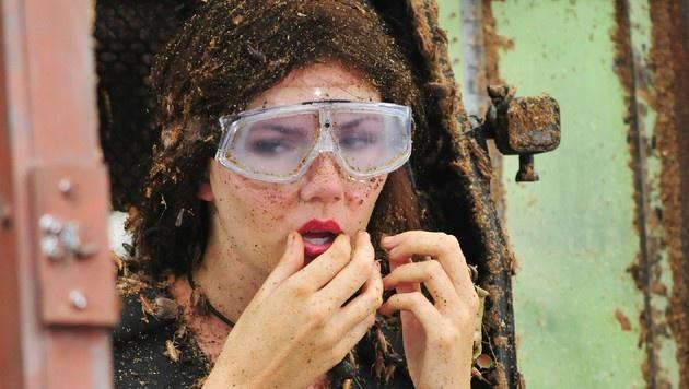 Nathalie bei der Dschungelprüfung (Bild: RTL)