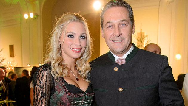 Heinz-Christian Strache und Philippa Beck (Bild: Viennareport)