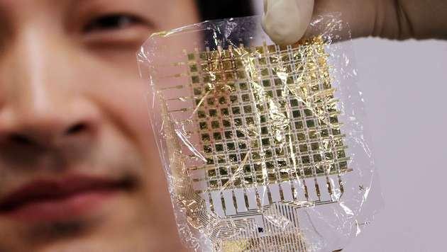 Superdünne Sensoren sollen Tumore ertasten (Bild: APA/AFP/YOSHIKAZU TSUNO)