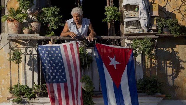 Trump macht Obamas Deal mit Kuba rückgängig (Bild: AP)