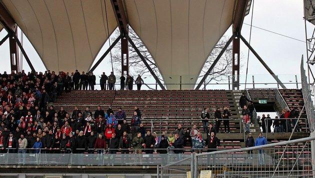 Einige Plätze blieben leer. (Bild: www.erfordia-ultras.de)