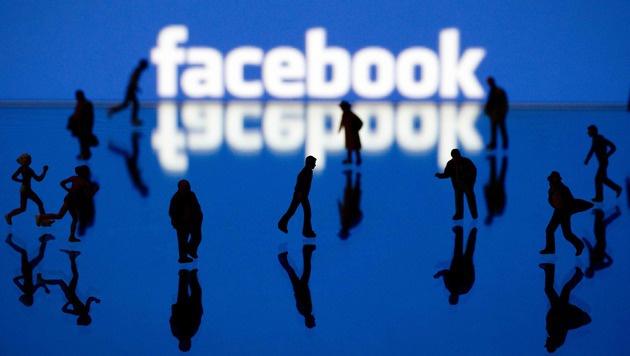 Facebook in Spanien zu Geldstrafe verdonnert (Bild: APA/AFP/JOEL SAGET)