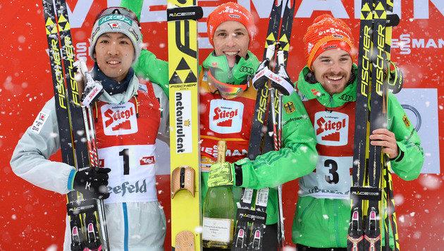 Watabe, Frenzel und Rießle (Bild: AP)