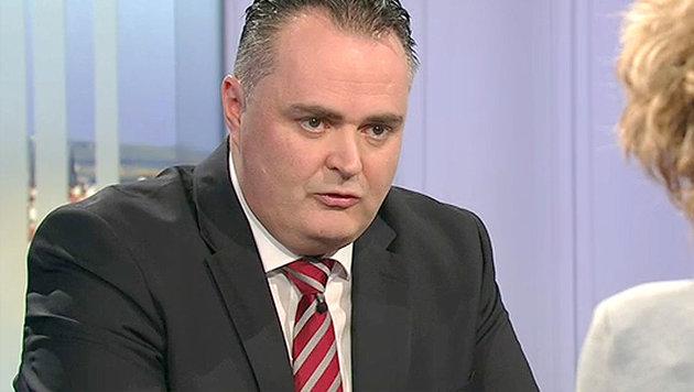 """Verteidigungsminister Doskozil: """"Gr�nes Licht f�r """"Hercules""""-Einsatz"""" (Bild: tvthek.orf.at)"""