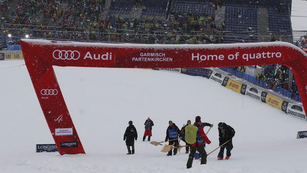 Pistenarbeiten in Garmisch - alles vergebens (Bild: AP)