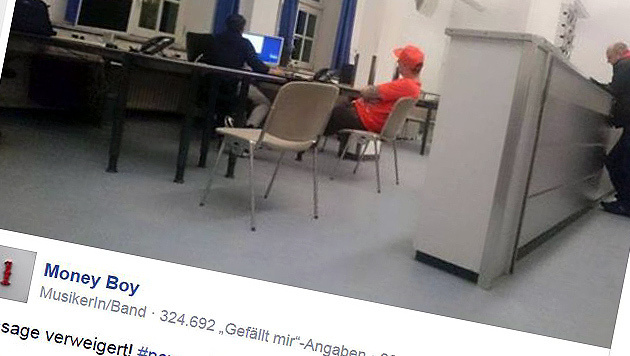 Money Boy beim Polizei-Verhör in Bayern (Bild: Facebook.com/Money Boy)