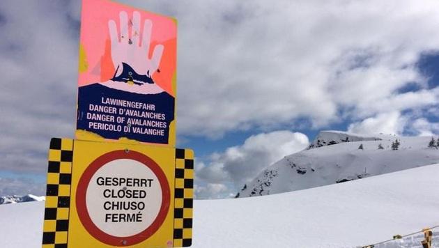Experten des Wetterdienstes raten dringend: Unbedingt die Warntafeln beachten! (Bild: Melanie Hutter)