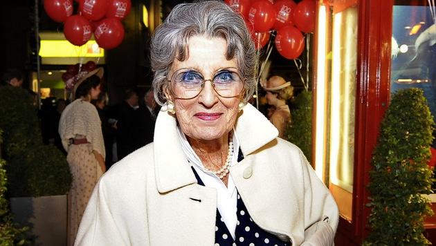 Von 1981 bis 1996 war sie die Opernball-Chefin: Lotte Tobisch (Bild: APA/ANDREAS PESSENLEHNER)
