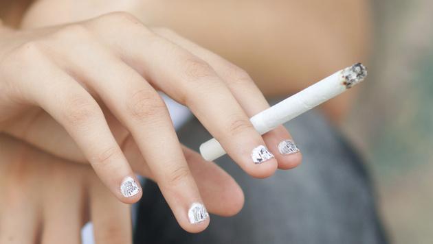 Österreich beim Rauchen trauriger Europameister (Bild: thinkstockhpotos.de (Symbolbild))