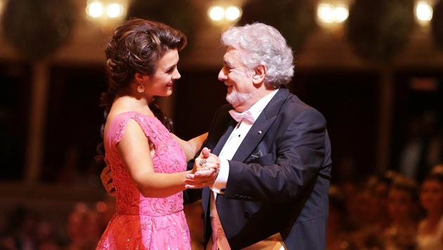 Olga Peretyatko und Placido Domingo (Bild: APA/GEORG HOCHMUTH)