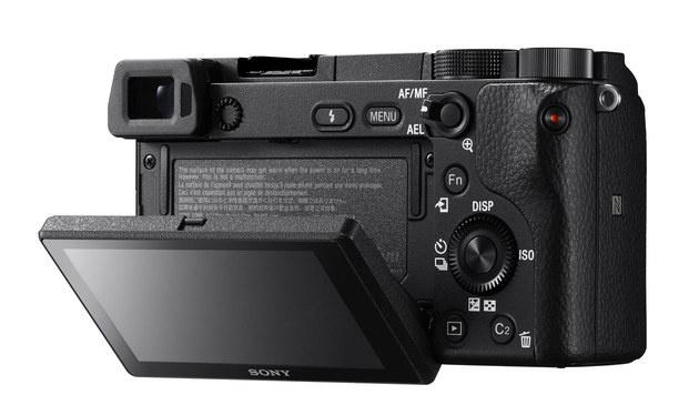 Sonys Alpha 6300 fokussiert in nur 0,05 Sekunden (Bild: Sony)