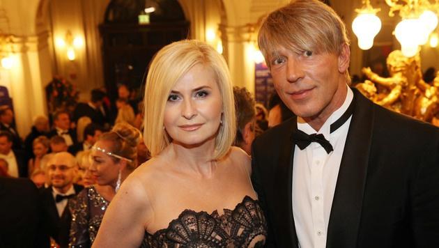 Easybank-Chefin Sonja Sarközi mit ihrem Dominic Heinzl (Bild: Jürgen Radspieler)