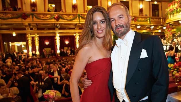 Erwin Wurm mit Ehefrau Elise Mougin (Bild: Starpix/Alexander Tuma)