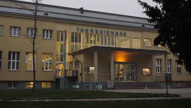 Im Wiener Theresienbad kam es zum Übergriff. (Bild: Florian Hitz)
