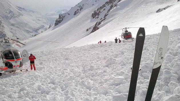 Tiroler nach 50 Minuten lebend aus Lawine geborgen (Bild: APA/BERGRETTUNG SALZBURG (Symbolbild))