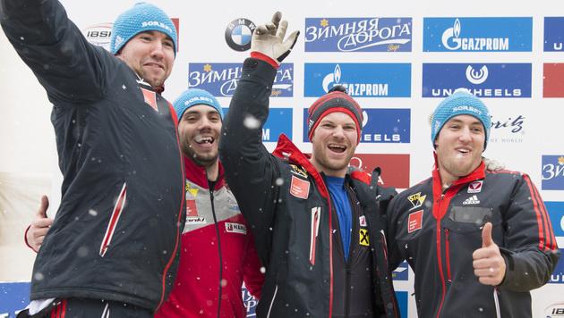 Maier erobert als Weltcup-Zweiter Silber im Vierer (Bild: AP)
