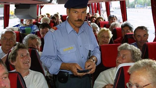 So bremsen Grenzkontrollen die Fernbusse aus (Bild: Markus Tschepp (Symbolbild))