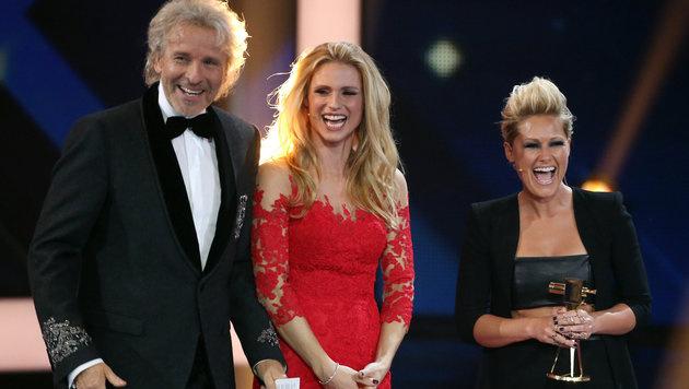 Thomas Gottschalk, Michelle Hunziker und Helene Fischer (Bild: APA/dpa/Christian Charisius)