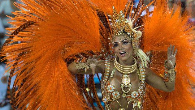 Farbenrausch und viel nackte Haut in Rio (Bild: APA/AFP/CHRISTOPHE SIMON)