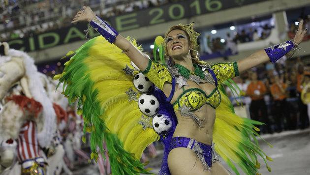 Ein Kostüm mit vielen Bällen (Bild: ASSOCIATED PRESS)