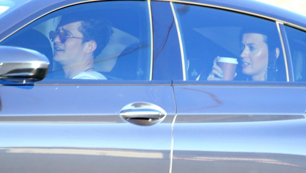 Orlando Bloom fährt mit seinem Sohn und Katy Perry zu einer Geburtstagsparty. (Bild: Viennareport)