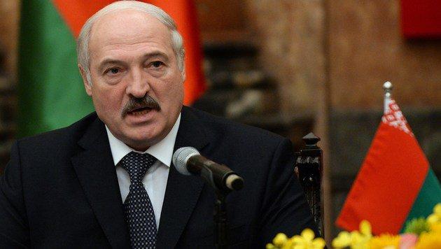 Präsident Alexander Lukaschenko gilt als der letzte Diktator Europas. (Bild: APA/AFP/HOANG DINH NAM)